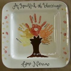 A Handful of Blessings Fall Tree Plate.these are the BEST Handprint u0026 Footprint Ideas! & 1. Buy plates from Dollar Store 2. Write things with a Sharpie 3 ...