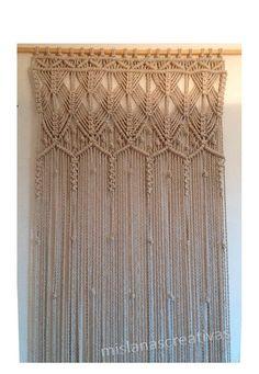 Lieferzeit: 3-4 Wochen. Großen Macrame-Vorhang mit 8mm Baumwollkordel gemacht. Farbe: Leinen Makramee Vorhang.  Vorhang-Abmessungen: Breite: 97