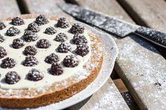 Bramentaart met honing en mascarpone - Blackberry pie with honey and creamcheese