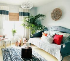 6 Tips for Decorating with Daybeds - Essentials   Wayfair