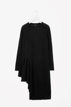 COS+|+Asymmetric+knit+tunic