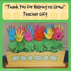 For teacher appreciation week, make this thank you for helping us grow teacher gift to show your child's teacher how influential they've been this year! For teacher appreciation week, make this Teacher Gifts From Class, World Teacher Day, Teacher Thank You Cards, Teachers Day Gifts, Student Gifts, Principal Appreciation, Teacher Appreciation Cards, Teacher Birthday Card, Birthday Cards