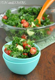 Garlicky Kale Salad w/ Smoky Chipotle Dressing #vegan #vegetarian #glutenfree