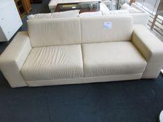 sofa 3 Platz bei HIOB Muttenz  #Schnäppchen #Trouvaille