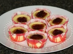 Easy Mini Cheesecake Recipes are fun to make. Make these delicious individual cheesecakes. Bake in regular size muffin tins and chose your favorite festive paper liner. I love to make these for buffets or to serve as finger food for appetizer parties.