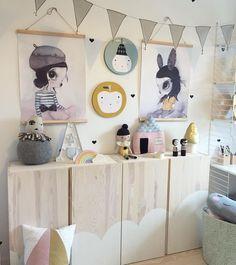 Storage for kids room / Ivar fra Ikea malet med hvid bejdse (fra Ikea) blandet med vand