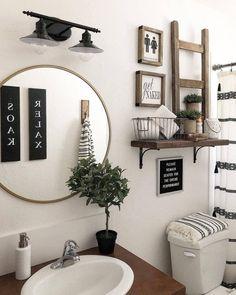 Studio bathroom decor Boho Bathroom Ideas: Catchy Decors for Small Bathroom House-Painting Tips Rustic Bathroom Decor, Boho Bathroom, Bathroom Interior, Farmhouse Decor, Farmhouse Homes, Country Farmhouse, Modern Bathroom, Budget Bathroom, Modern Farmhouse