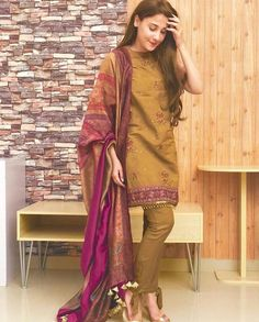 Festive collection combines details and style in one chic look! I love the duppata with this outfit, it really completes the… Simple Pakistani Dresses, Pakistani Fashion Casual, Pakistani Bridal Wear, Pakistani Dress Design, Simple Dresses, Casual Dresses, Pakistani Suits, Pakistani Girl, Bridal Lehenga