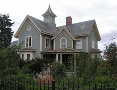At 115 Bridge Street in Northampton is a Gothic Revival house designed by local architect William Fenno Pratt. It was built in 1859 for Seth Hunt, president of the Connecticut Valley Railroad.
