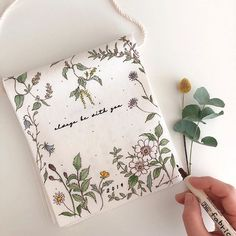 Tole Painting, Fabric Painting, Purses And Bags, Art Drawings, Diy And Crafts, Coin Purse, Hand Painted, Crafty, Photo And Video
