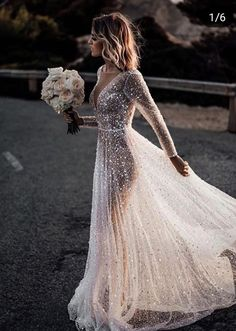 Could this be your dream dress 😍? Tag someone who say to this goddess still wedding dress. Gorgeous post by . Black Wedding Dresses, Prom Dresses, Ugly Dresses, Bridesmaid Dresses, Bridal Gowns, Wedding Gowns, Wedding Bride, The Dress, Dream Dress