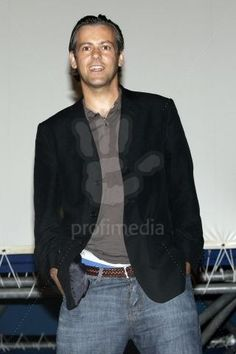Rupert Graves, Bomber Jacket, Handsome, Jackets, Style, Fashion, Down Jackets, Swag, Moda