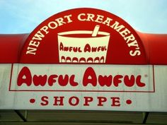 Newport Creamery has a long interesting history.  The company's history dates back to 1928 when Samuel Rector, who was already in the milk business, took over a dairy onVan Zandt Avenue in Newport, Rhode Islandand became a wholesale milk distributor.