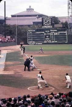 Baseball history and Culture — 1960 World Series at Forbes Field with Bill Virdon. Pittsburgh Pirates Baseball, Baseball Park, New York Yankees Baseball, Pittsburgh Sports, Sports Baseball, Baseball Players, Baseball Field, Baseball League, Baseball Stuff
