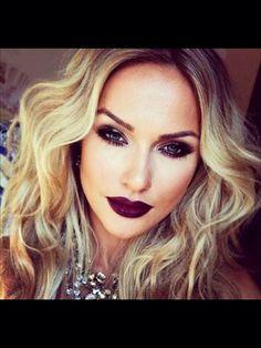 Make up: dark eyes and dark lips hair wear it up темные губы, макияж и ногт Kiss Makeup, Love Makeup, Makeup Looks, Gorgeous Makeup, Perfect Makeup, Awesome Makeup, Beautiful Lips, Flawless Makeup, Sultry Makeup