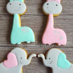 How can you be not in love with these baby giraffes and elephants??!!? Cookie cutters (which I designed) available at @howsweetisthat  #cookies #cookieart #sugarcookies #decoratedcookies #decoratedsugarcookies #decoratedcustomcookies #customdecoratedcookies #customcookies #royalicing #icingcookie #cookiefavours #icing #edibleart #customsweets #theitalianbaker #cookielove #picoftheday #instadaily #photooftheday #sugarart #cookiesofinstagram #instafood #instayummy