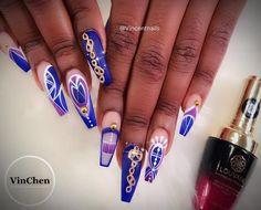 """VinChen Tran (@vincentnails) en Instagram: Blue and Purple  Love this navy blue from @louvainofficial  #vietnails #handpaintedsigns…"""""""