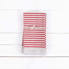 Our friends over at @shopbrika are having a home decor sale! Pick up some BRIKA exclusive Loft Studios goods like these Even Stripe Napkins in Burnt Orange (love these!) for 20% Off. Head on over and check it out!