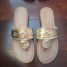 434176b82c5b 9 Best Knock off jack rogers that look legit!! images