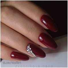 30 Beautiful Nail Art Design Ideas To Try This Season remajacantik ArtDesignIdeas Beautiful Nail Designs, Beautiful Nail Art, Gorgeous Nails, Burgundy Nails, Red Nails, Cute Nails, Pretty Nails, Nail Effects, Nagel Gel