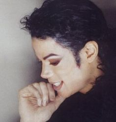 Oh I loved when he wore his hair like this!! You give me butterflies inside Michael... ღ by ⊰@carlamartinsmj⊱