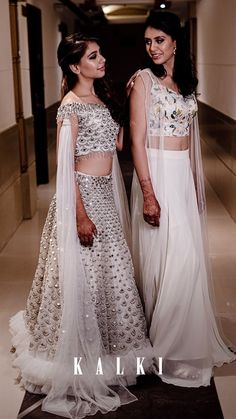 Women S Fashion Stores Queenstown Indian Bridesmaid Dresses, Indian Wedding Outfits, Bridal Outfits, Indian Outfits, Bridesmaid Hair, Indian Designer Outfits, Designer Dresses, Wedding Lehenga Designs, Indian Gowns