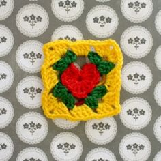 A granny square with a difference, the centre is a heart! Easy to follow instructions on how to make a single square.