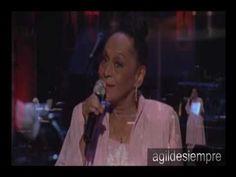 """Omara Portuondo- """"Dos Gardenias"""" y """" Besame mucho"""" en Montreal, Canada - YouTube"""