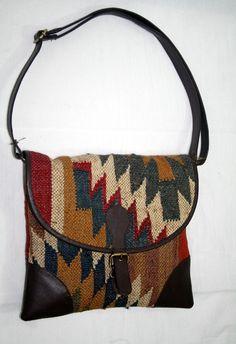 VINTAGE Jute Kilim With Leather Purse Southwest Navajo Carpet Bag tote for girls #handmade #Hobo