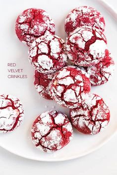 Tis the season for red velvet! I take that back, any season is the season for red velvet, but Christmas-time is especially the season for beautifully red baked goods. Every year I get excited as the h