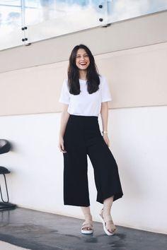59 Minimalist Outfit to Inspire your Own Sleek Look - CharMino Fashion Guys, Trendy Fashion, Korean Fashion, Fashion Outfits, Womens Fashion, Trendy Style, Style Fashion, Boyish Style, Fashion 2015