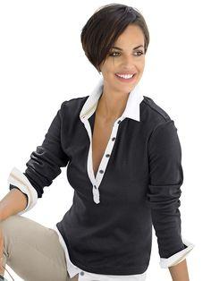 Poloshirt als neu interpretiertes Basic-Polo mit Kragen, Knopfleiste, geknöpften Manschetten und Saumabschluss in Blusenoptik gearbeitet. Figurbetonte Form, Länge in Gr. M ca. 64 cm.100% Baumwolle, waschbar....