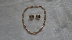 Vintage Monet Gold Necklace and Monet Earrings by TraderTrudys