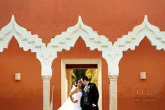 #Hacienda Chichi Suarez #waltervera #rollodigital #foto #novios #bride #merida #yucatan #novia #boda #wedding #love #arcos