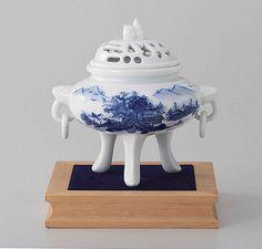 Tokyo Matcha Selection - Arita Porcelain Cencer : Landscape - Incense Burner Holder w Base