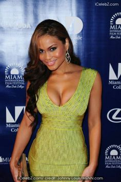 Daphne Joy http://www.icelebz.com/celebs/daphne_joy/photo3.html