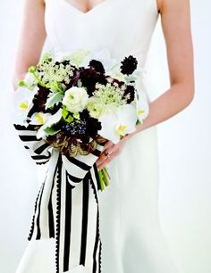 Wedding Decor Inspiration: Black White Gold Bouquet