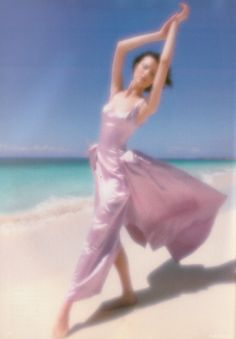 Shalom Harlow. Photographed by Nick Knight for Vogue UK, May 1995.