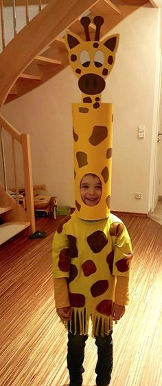 30 Easy DIY Halloween Costumes For Kids (Boys and Girls!) & Homemade Giraffe Cos& 30 Easy DIY Halloween Costumes For Kids (Boys and Girls! The post 30 Easy DIY Halloween Costumes For Kids (Boys and Girls! Kids Costumes Boys, Diy Halloween Costumes For Kids, Toddler Costumes, Family Costumes, Halloween Party, Halloween Decorations, Pirate Costumes, Halloween College, Halloween Office