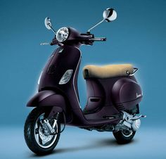 Comfortable for riding with latest features new Piaggio Vespa VX 125 scooter, Find the all details online