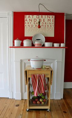 Fun punches of color! Wonder how well something similar would work with our DR mantel?
