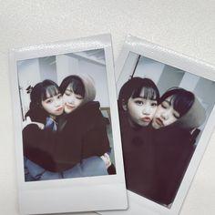 "official_IZONE on Twitter: ""추운사람 여기와서 붙어라🥟 오늘 찍었지롱 寒い人こっち来て🥟 今日撮ったよ #채원Dream #チェウォン #IZONE #아이즈원 #アイズワン… "" Multimedia, Best Frind, Japanese Girl Group, I Love Girls, Pretty Girls, Best Friends Forever, 3 In One, The Wiz, Twitter"