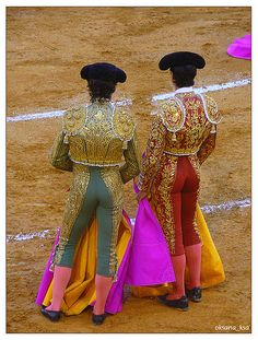 Would you like to feel #Andalusia? If you are wondering where to go for your next #holidays, check GolfBookingNow.com, you will find best #deals in #hotels and #golf #courses. #bullring #bullfighter #culture #break #torremolinos #andalucia #spain