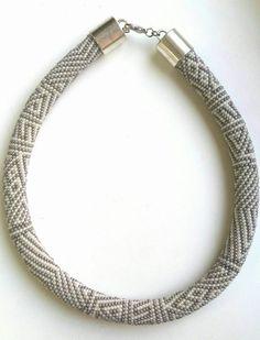 Die 1187 Besten Bilder Von Häkelketten Bead Crochet Beaded