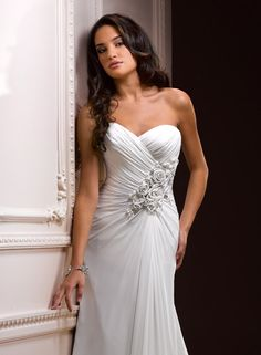 Large View of the Zabrina Bridal Gown