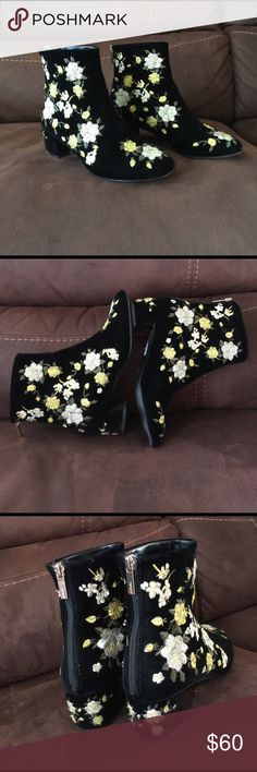 Tops ankle embroidery velvet boots This boots is beyond beautiful. It's a statement boots!  With Cutest embroidery flowers and perfect placement on luxurious Velvet. What a bold move! You will get envy all the time. And that is a fashion moment. Topshop Shoes Ankle Boots & Booties