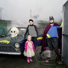 Photographer Explores Different Lifestyles by Integrating into Strangers' Families - My Modern Met