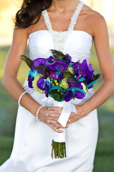 Peacock Theme Las Vegas Golf Course Wedding to Remember - Belle the Magazine . The Wedding Blog For The Sophisticated Bride