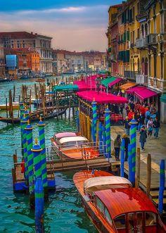 Destination travel network - Grand Canal, Venice.