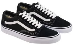 2cb35cba1448 The Vans Old Skool is a new addition from Vans and as it s name suggests was